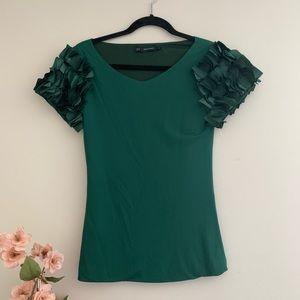 Dsquared2 green ruffle sleeve top EUC